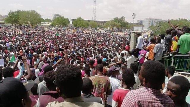 کشته شدن 4 معترض در تظاهرات میلیونی سودان