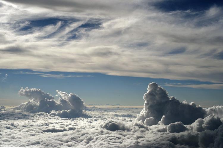 نیمه دوم مهر بارورسازی ابر ها در کشور انجام می شود